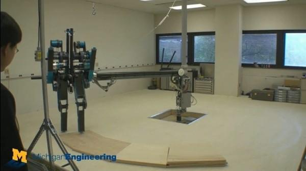 University of Michigan's MABEL robot hits a stride, breaks a leg (video)