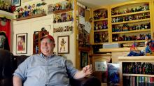 Comic Book Superfan's Collection Weighs More Than 8 Tons