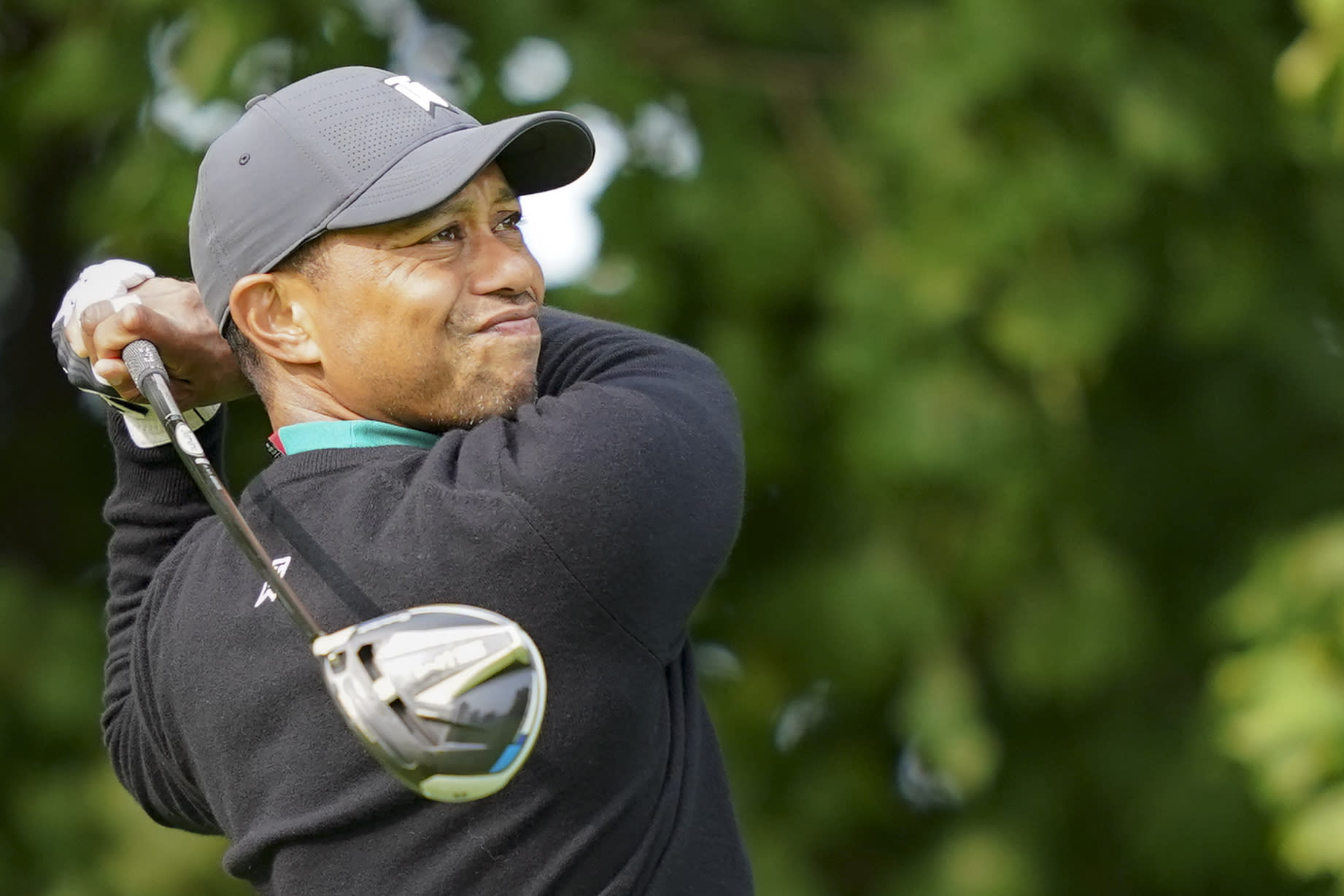 Tiger Woods watches his shot off the 12th tee during practice before the U.S. Open Championship golf tournament at Winged Foot Golf Club, Tuesday, Sept. 15, 2020, in Mamaroneck, N.Y. (AP Photo/John Minchillo)