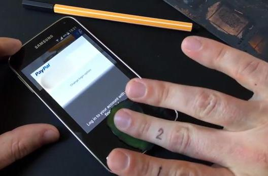 The Galaxy S5's fingerprint reader can be fooled by fake digits