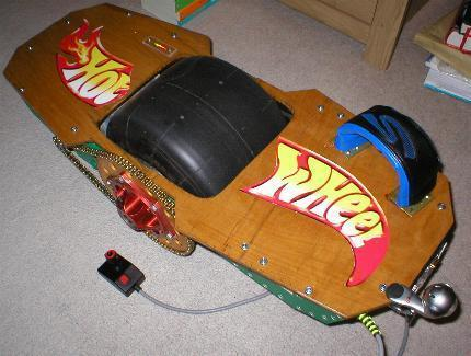 Man improves, adds a dose of trademark infringement to single-wheeled skateboard concept