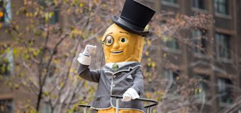 Mr. Peanut's death rattles the internet