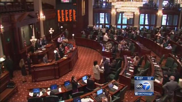 Illinois lawmakers to tackle state pension crisis next week