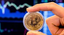 Bitcoin's 5-day win streak in jeopardy as cryptocurrency eases below $4,000
