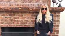 Jessica Simpson's skirt with short hemline gets backlash: 'What kind of business are you in?'