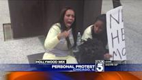 Dwayne Wade`s Ex-Wife Holds Personal Protest