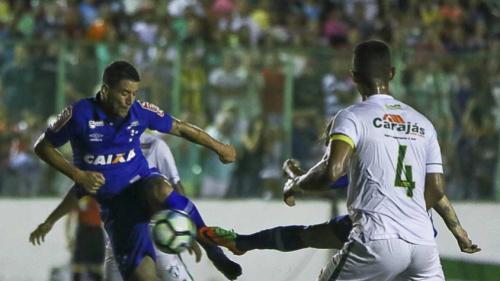 Thiago Neves se destaca e Cruzeiro aplica 2 a 0 no Murici