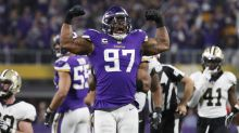 Everson Griffen's stunned sideline reaction to 'Minneapolis Miracle' was perfect