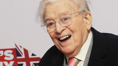 Writer of Dad's Army Jimmy Perry dies