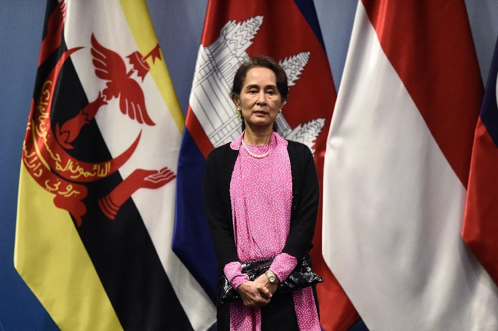 """Paris mayor Anne Hidalgo decided to revoke Aung San Suu Kyi (pictured November 14, 2018) of herh onorary freedom of the French capital because of the """"multiple violations of human rights"""" in Myanmar regarding the Rohingya minority"""