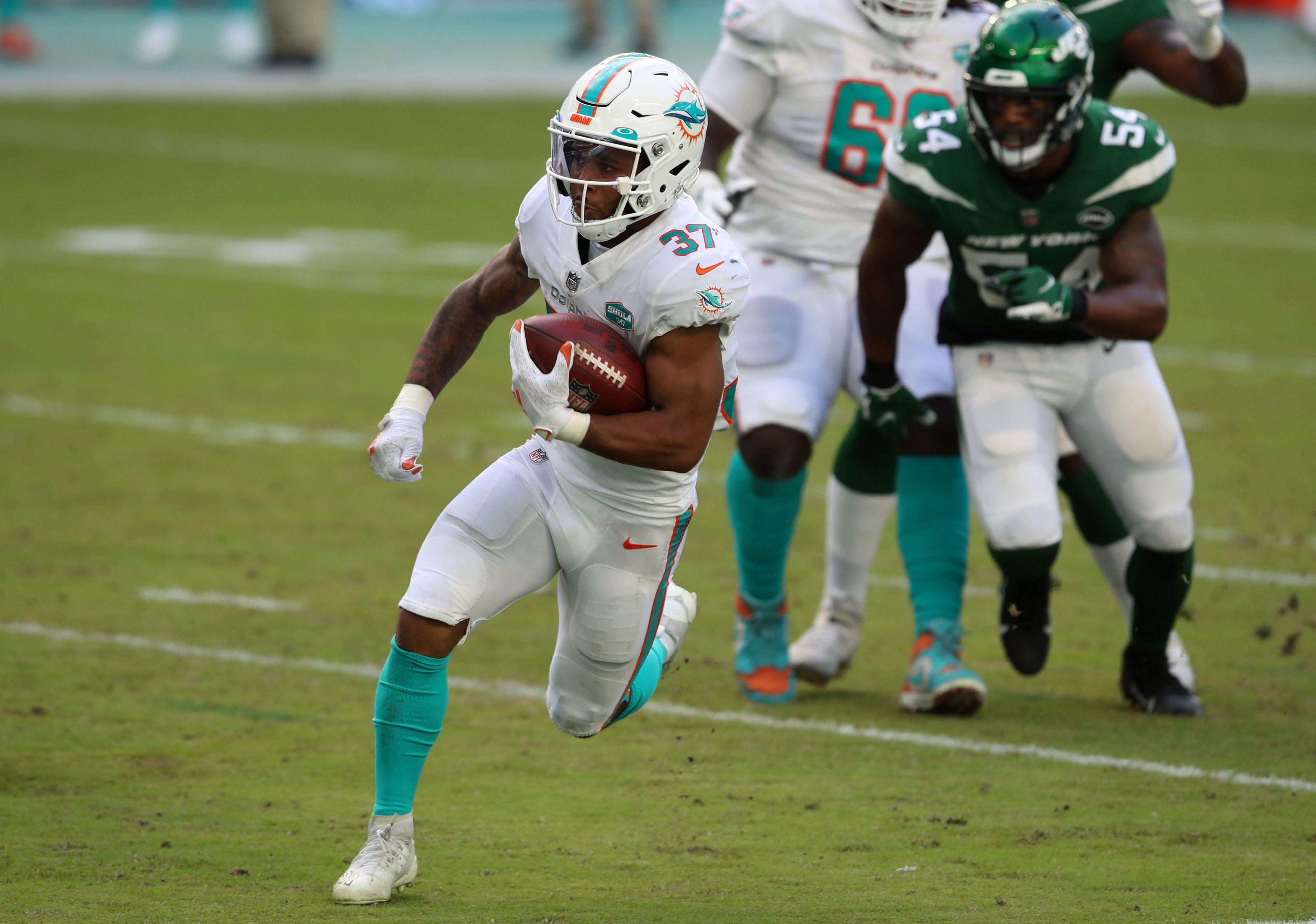 Kelly: Myles Gaskin says Dolphins' wandering eye didn't inspire his career game vs. Jets | Commentary
