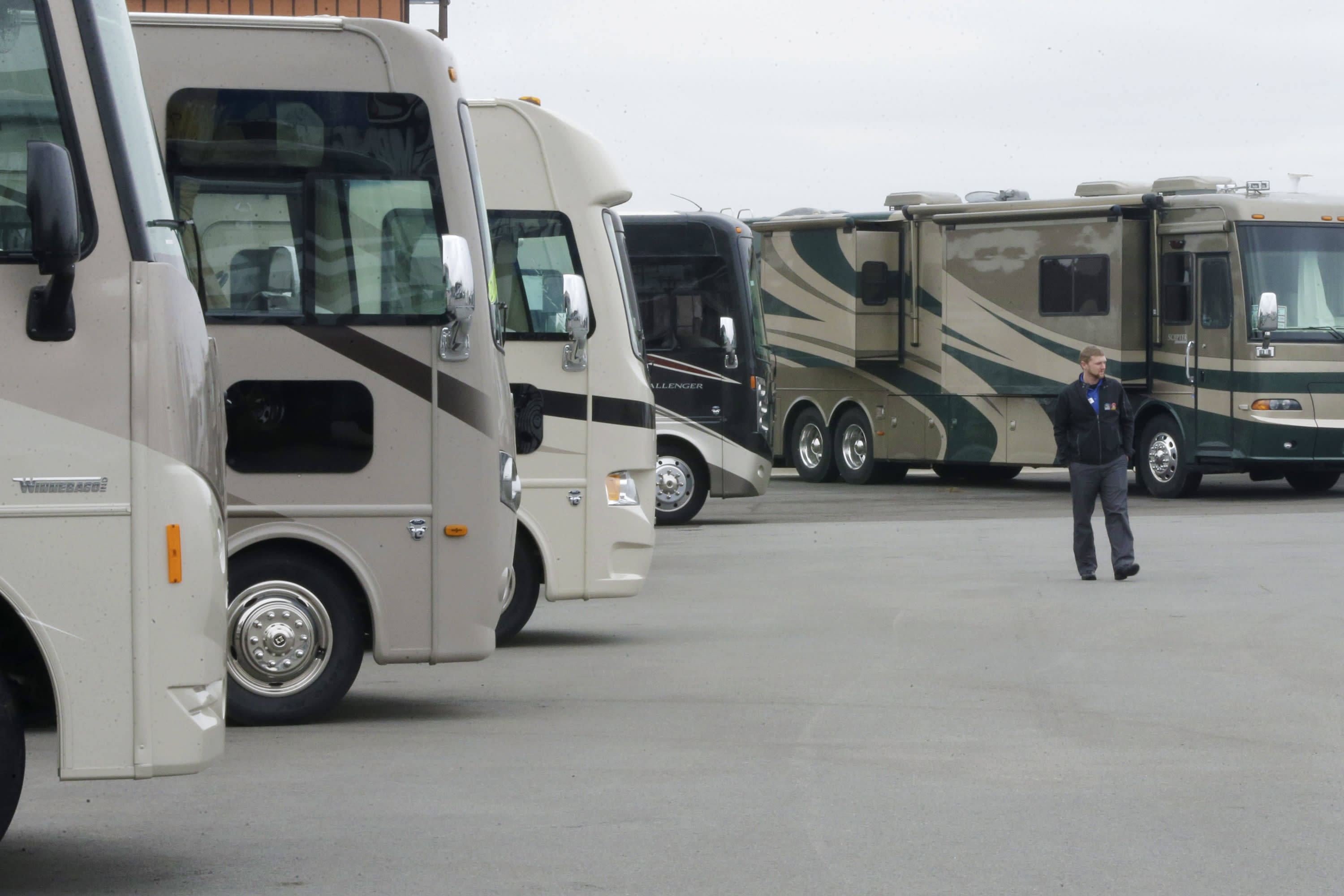 Recession warning: RV sales hit the skids