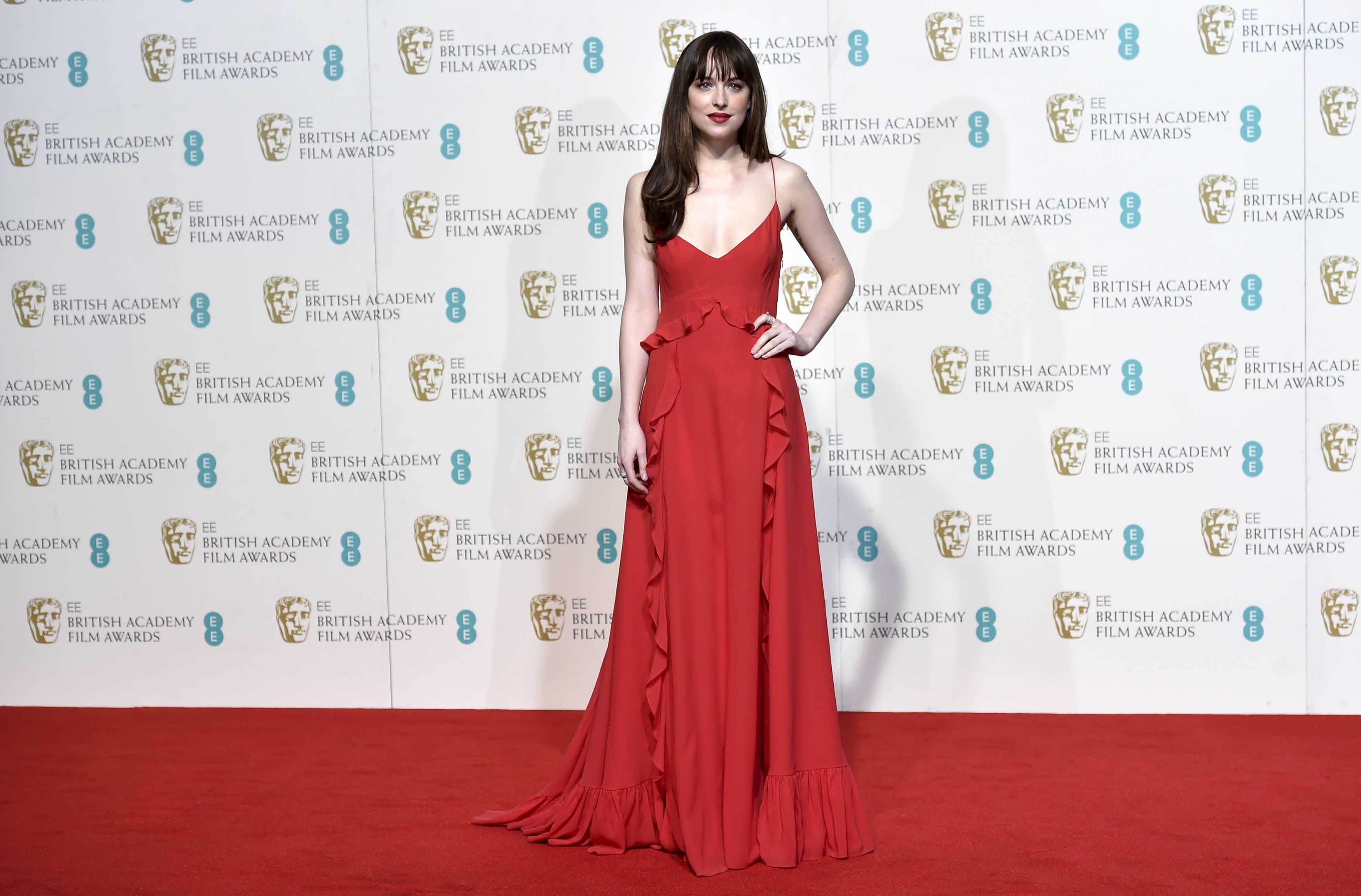 Bafta Awards: BAFTA Awards 2016: Stars Sparkle On The Red Carpet