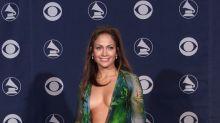 JLo habla del icónico Versace que 'creó' Google Images