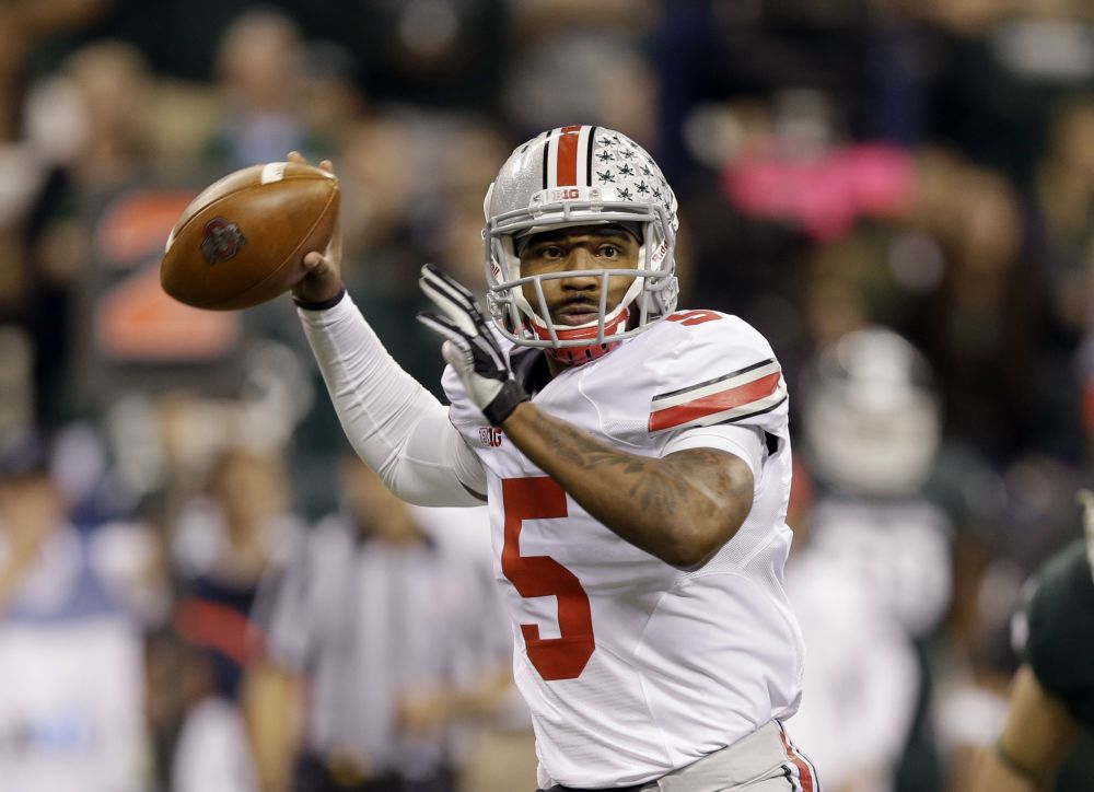 Report: Ohio State QB Miller reinjures shoulder