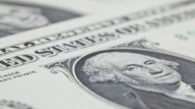 Dollar Holds Onto Gains with Inflation Report on Tap