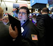 Stocks end lower amid lingering trade concerns