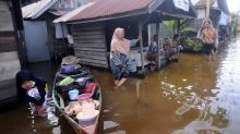 Tens of thousands evacuated amid Indonesia floods