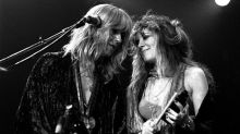 """Fleetwood Mac retrouve les charts avec son tube """"Dreams"""" 43 ans après sa sortie grâce à un skateur à la joie communicative"""