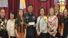 Women legislators donate monetary assistance to kin of 23 cops killed in Marawi battle