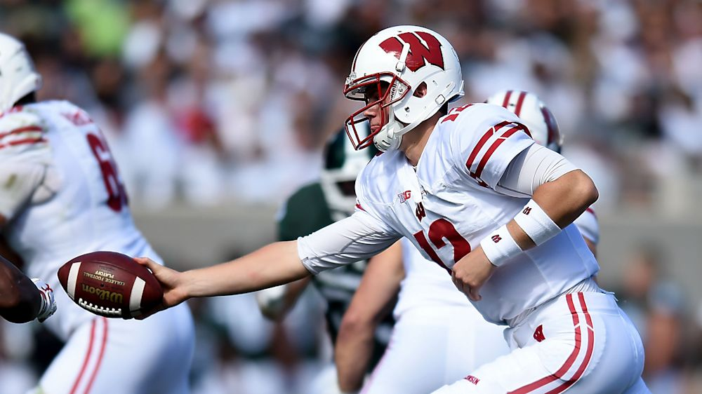Wisconsin football schedule, roster and three things to watch