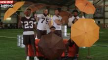 """Une équipe de football américain parodie le générique de """"Friends"""", la vidéo buzz"""
