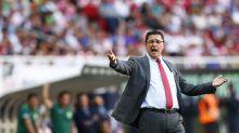 Chivas de Guadalajara, el club mexicano que influido por los medios toma decisiones increíbles