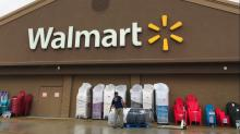 Walmart employees should use the new early pay policy as a last resort