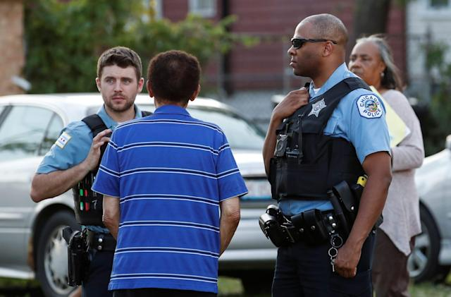 Chicago police see less violent crime after using predictive code