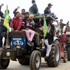 Tractor rally: India farmers plan massive protest on Republic Day
