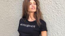 El look 'new wave' de Sara Carbonero con falda larga 'tye die'