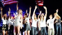 Taylor Swift Invited The US Women'sSoccer Team On Stage Last Night And It's All Very'Girl Power' And #SquadGoals