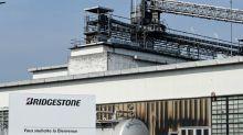 """""""On est choqué"""" : sidération à Béthune, où Bridgestone ferme son usine (863 emplois)"""