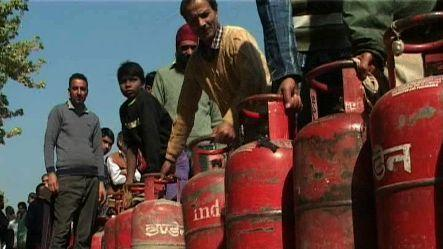 Direct cash transfer for LPG consumers starts from June 1st
