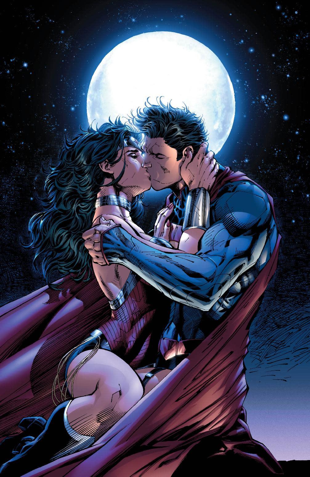 Superman, Wonder Woman lock lips as power couple