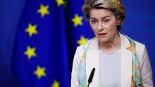 """La Commission européenne se dit favorable à un """"certificat de vaccination"""" européen"""