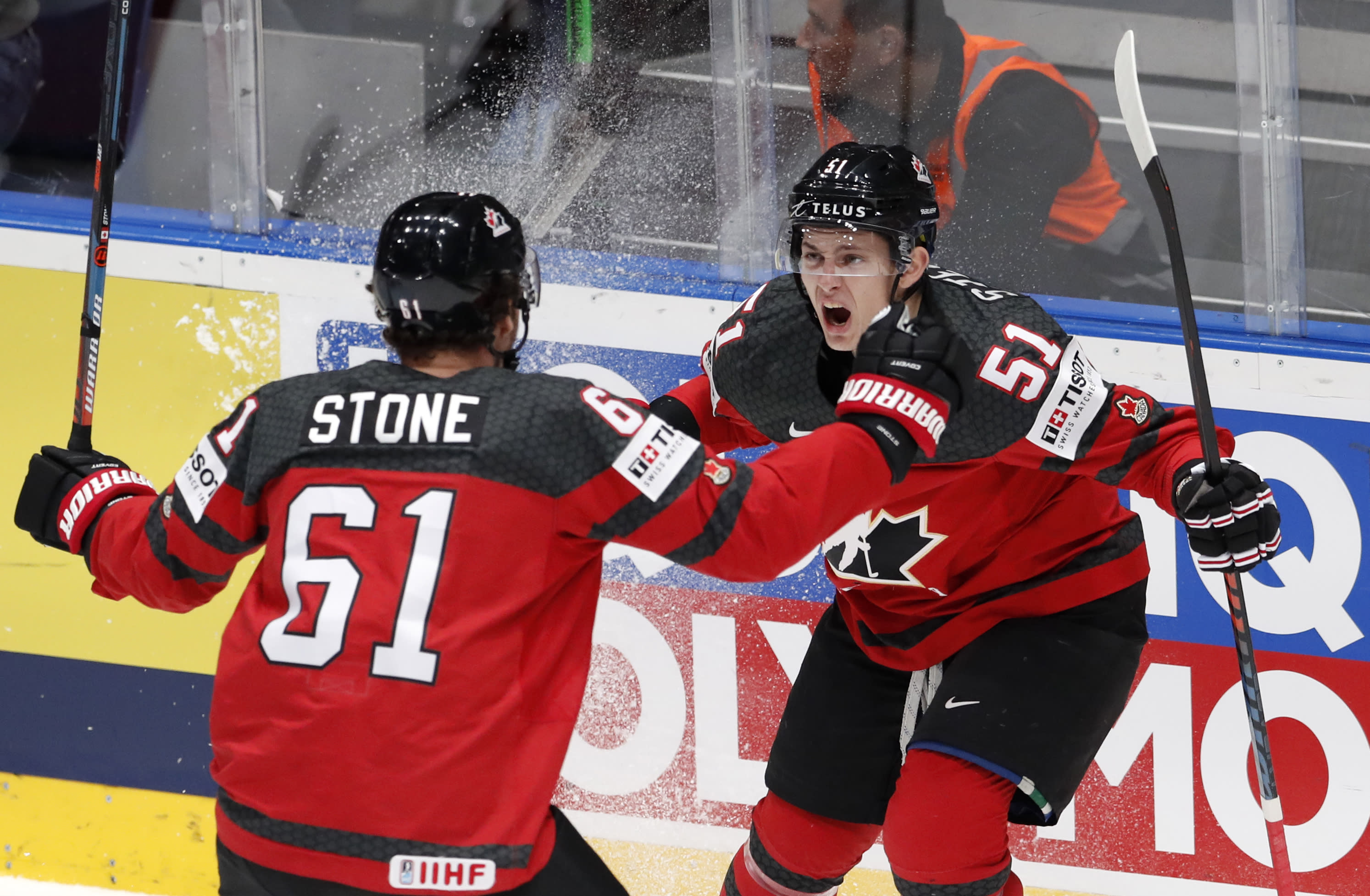 Canada Finland Advance To World Hockey Title Game