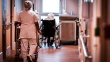 Coronavirus: Dans l'Ehpad Rotschild à Paris, un résidant sur quatre est contaminé