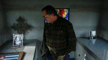 Las historias de amor del cementerio Woodlawn que trascienden en el tiempo