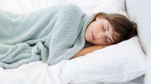 Schlafprobleme? Auf diese 8 Produkte schwören Experten für besseren Schlaf