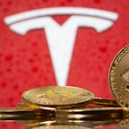 Bitcoin price crash is weighing on Tesla's stock: analyst