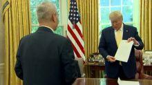 """Trump anuncia """"fase 1"""" de sustancial acuerdo comercial con China"""