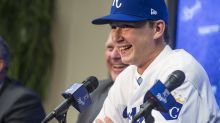 Kansas City Royals pitcher thanks parents in enormous gesture