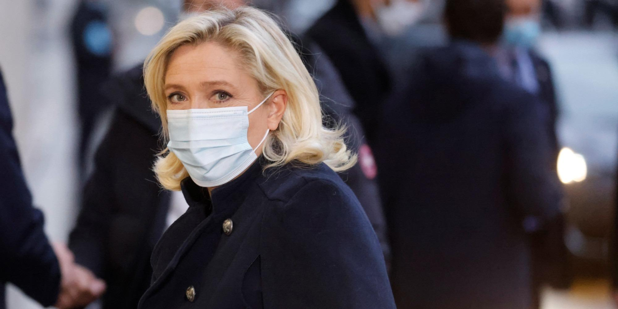 """Marine Le Pen lance une plateforme """"participative"""" pour préparer 2022"""