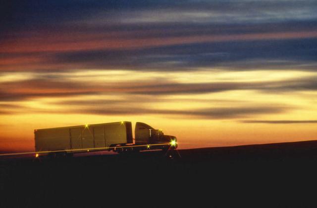 Senate will consider legislation for self-driving trucks