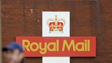 Coronavirus pandemic pushes Royal Mail to cut 2,000 management jobs