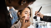 ¿Colorete o barra de labios? Qué se debe aplicar antes