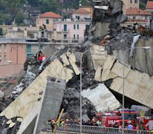 Genoa collapse: Hundreds more bridges 'at risk' across Italy as ministers blast highways firm
