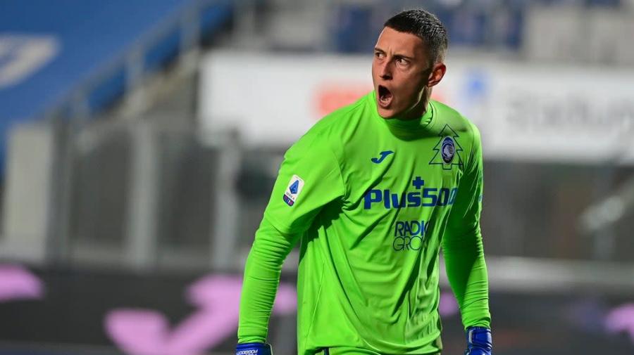Tottenham ficha a préstamo a guardameta Gollini, de Atalanta