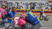 Venezuelans fearing vote violence flee to Colombia